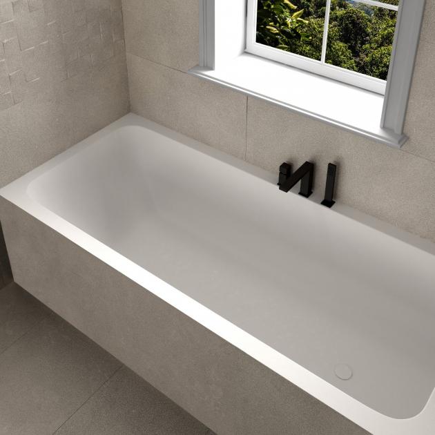 B-Round - Built-in DuPont™ Corian® Bathtub