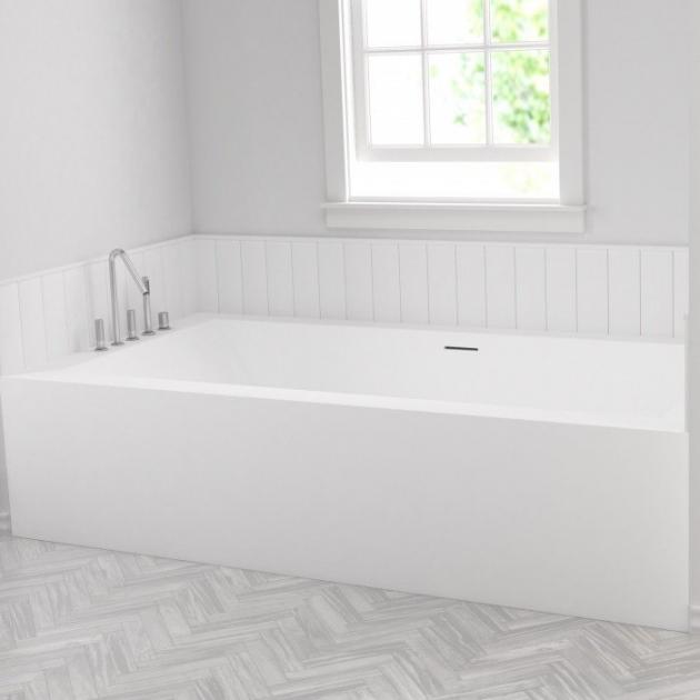 B-Flat - Built-in DuPont™ Corian® Bathtub - 1 panel