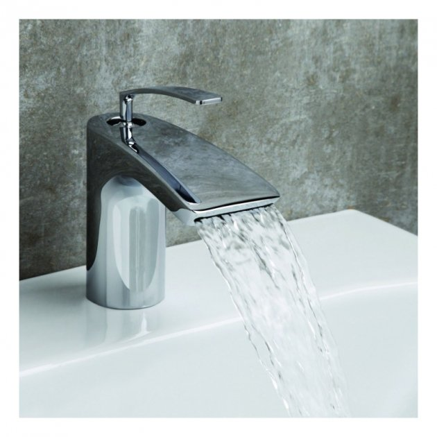 Deck Mounted Single Lever Washbasin Tap - BO227