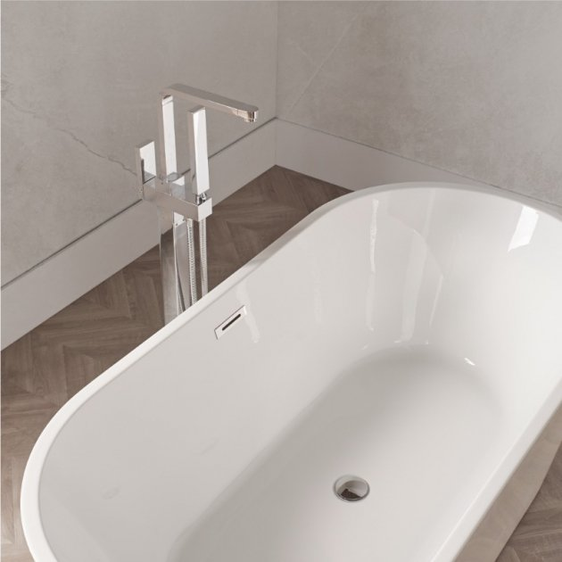 Floor Mounted Bathtub Tap - LIS-06