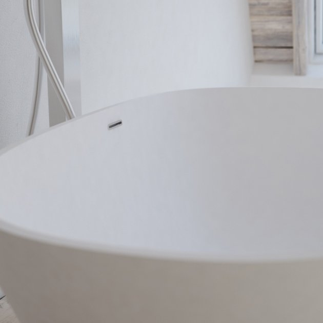 Toulouse - Vasca da bagno indipendente in Solid Surface 150cm